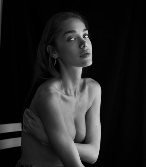 Lingerie & Nude II_thumbnail