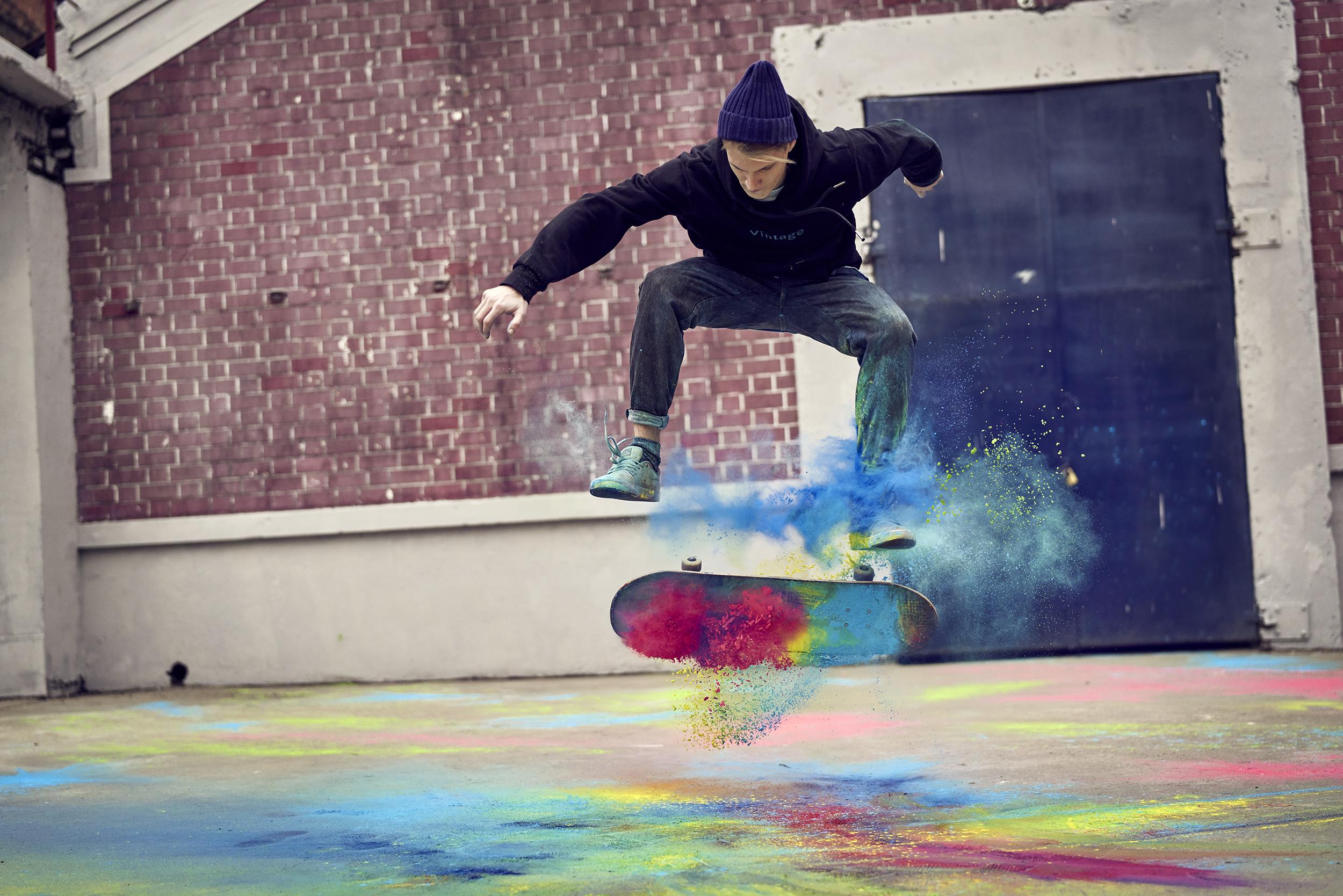 Zippo_Skatebaording_1